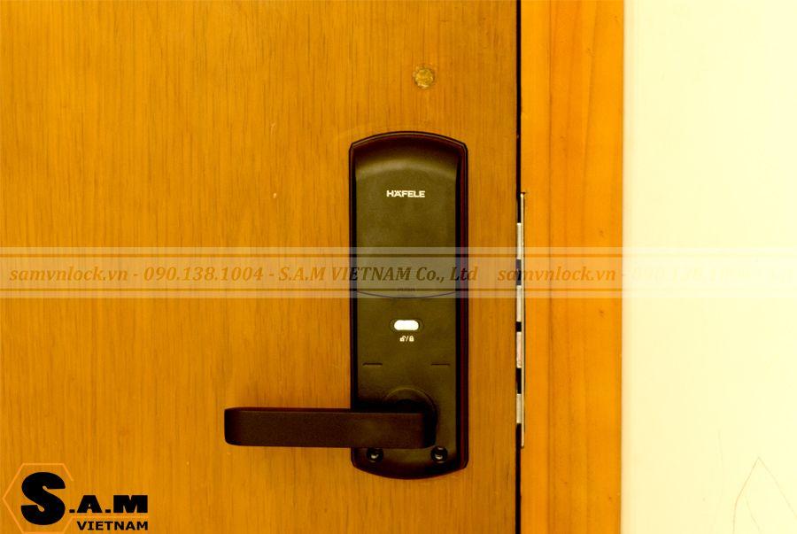 Hình ảnh mặt khóa trong Khóa vân tay Hafele EL7700-TCS thân khóa nhỏ
