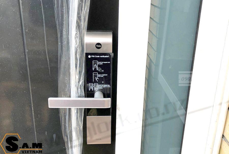 Hình ảnh lắp đặt Yale YDM 3109 plus silver