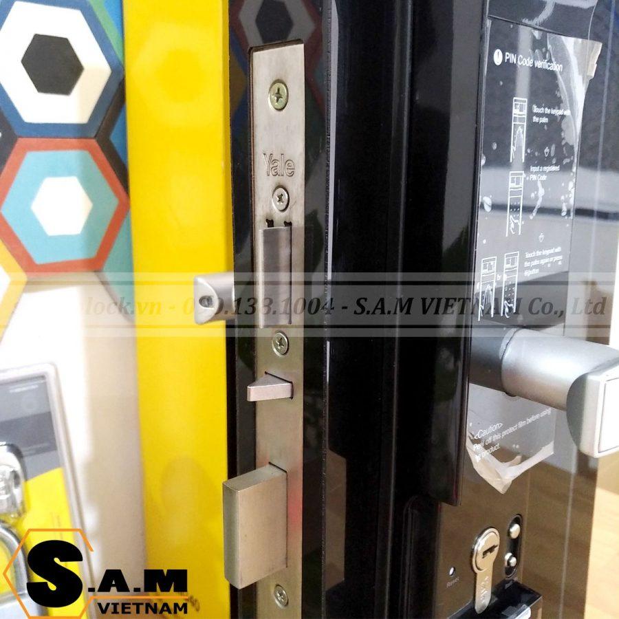 Khóa vân tay YALE YDM 4109+ BLACK thân khóa chuẩn Euro