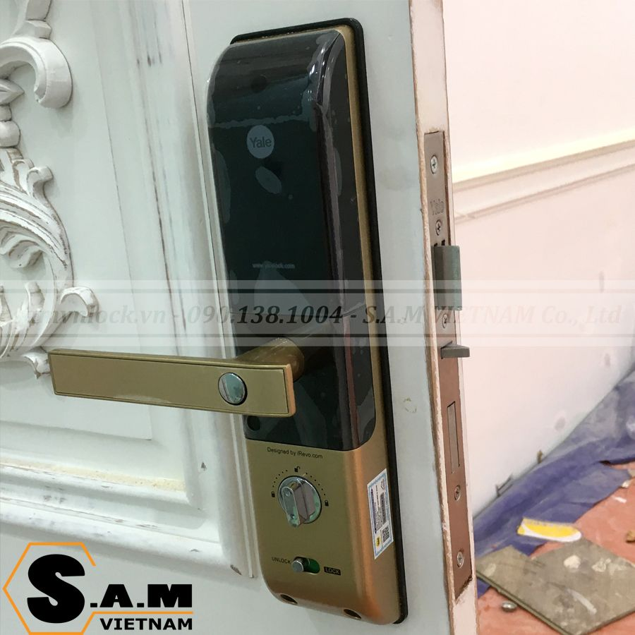 Hình ảnh lắp đặt thực tế khóa thẻ từ Yale YDM 3109 plus Gold